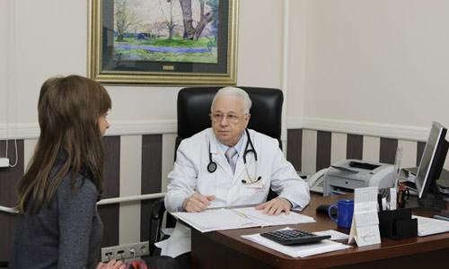 Лечение гастрита назначит врач